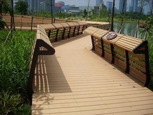青海二代PE共挤木塑地板-物超所值的塑木地板志诚塑木供应