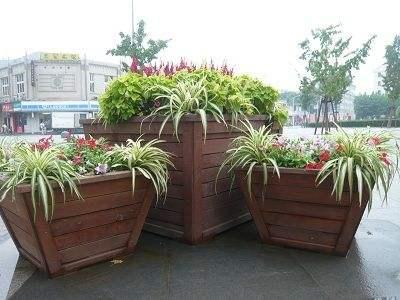 中卫防腐木花箱生产厂家_可信赖的中卫花盆经销商
