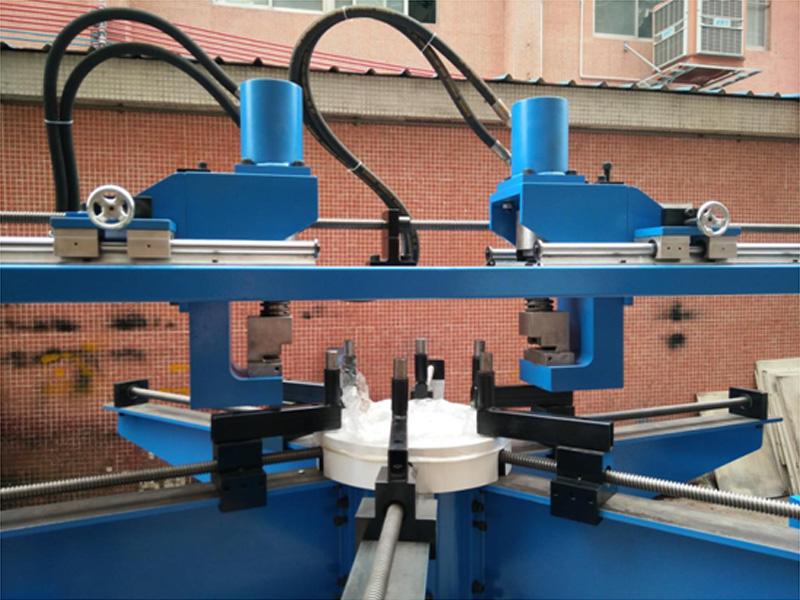 角钢法兰机供应厂商/风管机械设备公司/誉丰机械