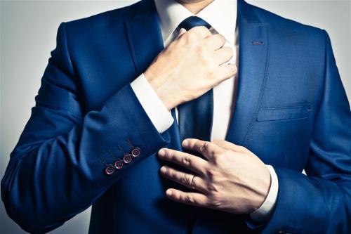 新疆西裝定制-服務好的烏魯木齊西裝訂制就在天山服裝廠