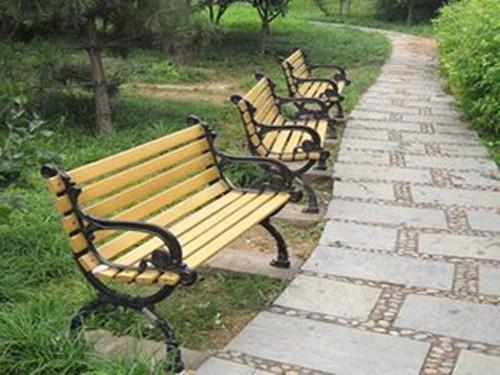 公园椅子定制-价位合理的酒泉园林椅-志诚塑木倾力推荐