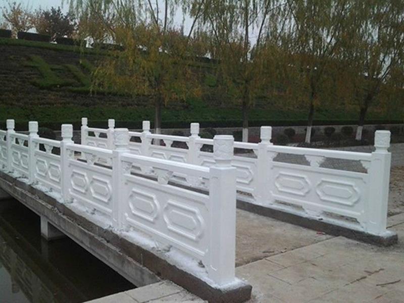 河提仿木护栏厂家-江苏口碑好的河提仿木护栏