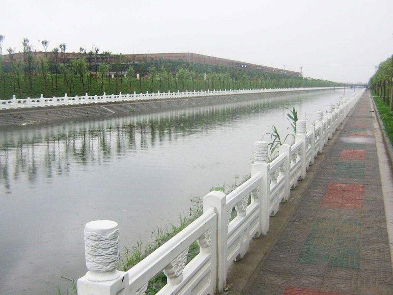 仿木護欄批發價格-想買實惠的河提仿木護欄-就到正洋水泥羅馬柱制作