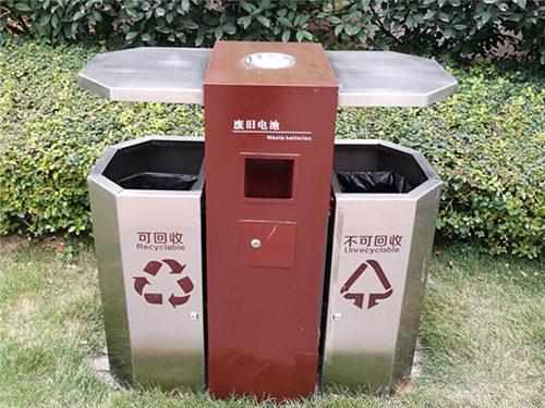 太原钩臂箱定制-大量供应出售质量好的太原垃圾桶