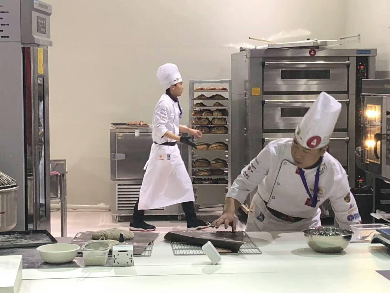 餐饮管理服务,资深的专业餐饮承包服务公司
