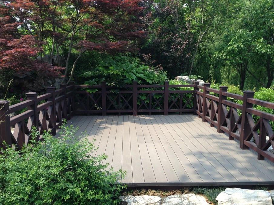 山西PVC楼梯扶手定制-哪里能买到超值的太原塑木护栏