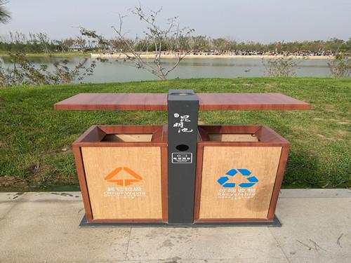 西安环卫钩臂箱定制|西安哪里有卖价格优惠的西安塑木地板