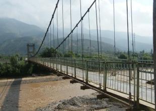 云浮钢索吊桥价格-河南供应不求的钢索吊桥