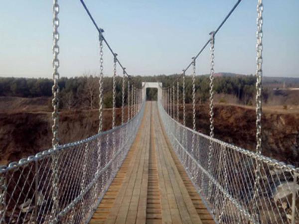 莆田悬索吊桥厂家-河南悬索桥出售