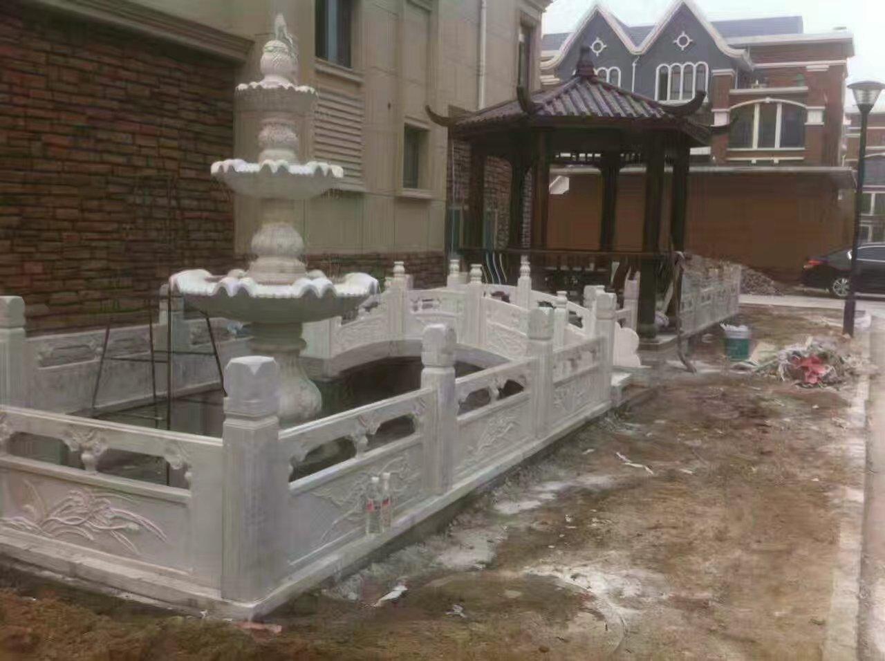 石雕栏板加工-精巧的石雕栏杆专业供应