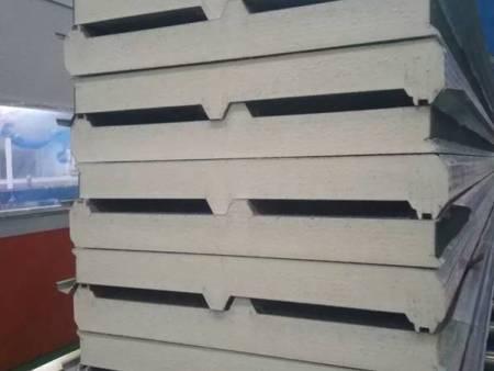 聚氨酯板设备 华赢建工钢结构品牌聚氨酯板供应商