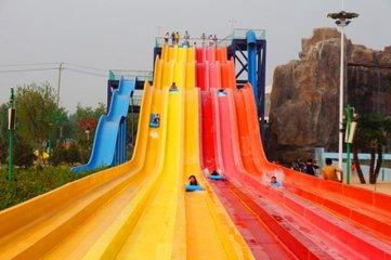 广州水上游乐厂家哪家的好 彩虹水滑梯