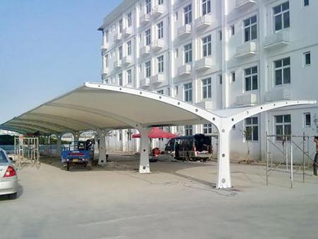膜结构车棚价格|膜结构车棚多少钱?#40644;?#26041;