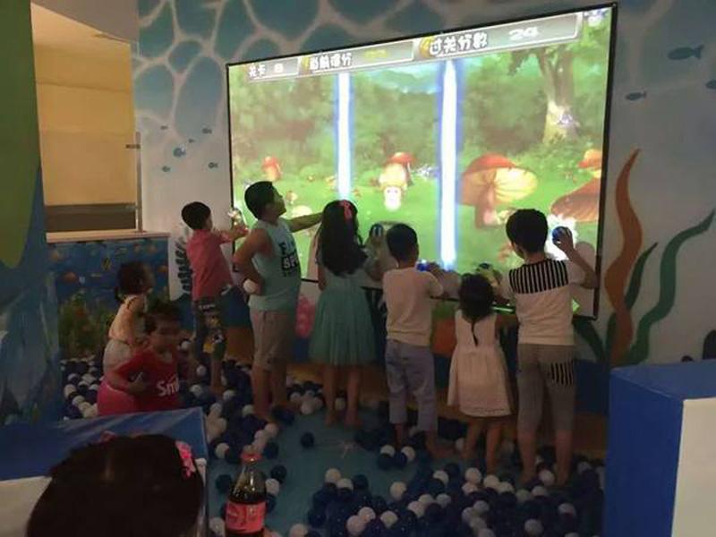 陕西互动投影砸球砸墙游戏_好玩的互动投影砸球就在小秦人游乐