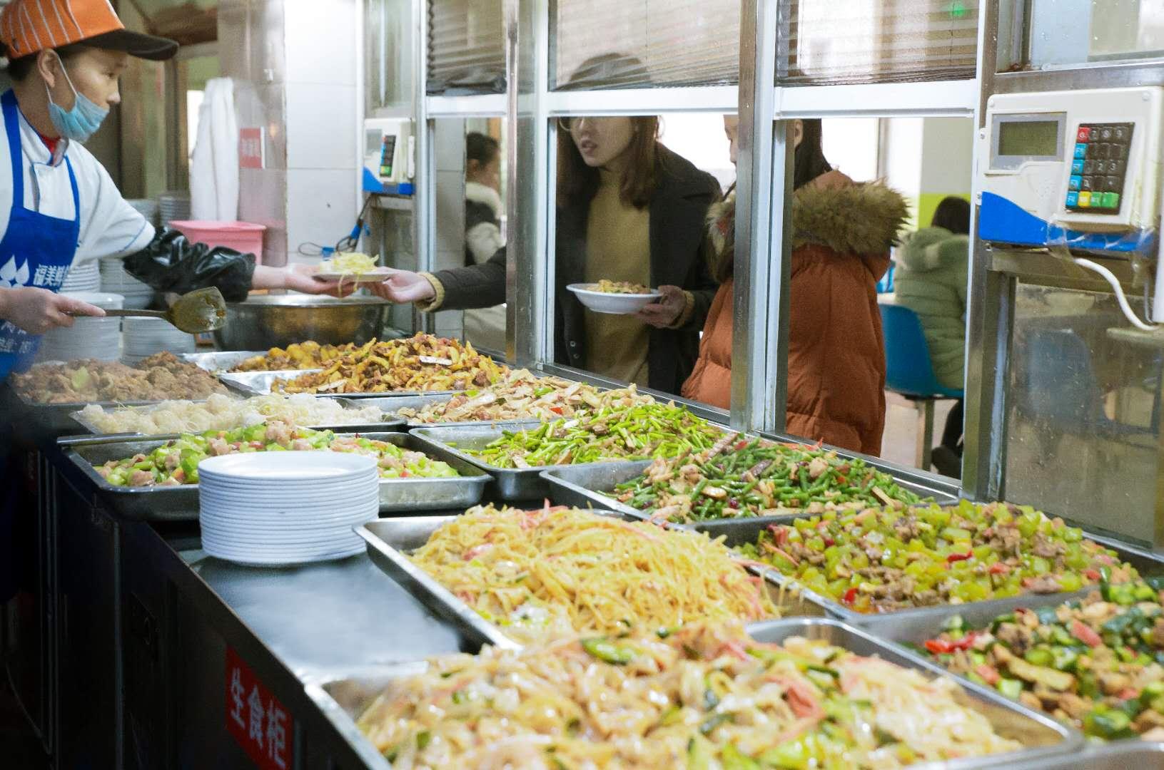 广东工厂食堂承包|新亿德餐饮供应放心可靠的食堂承包服务