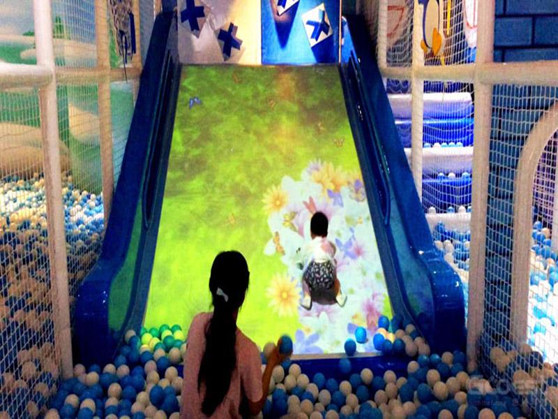 投影互動游樂設備|超值的互動投影滑梯就在小秦人游樂