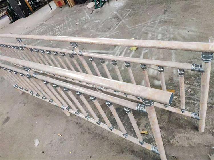 阳台护栏批发|山东耐用的阳台护栏供应
