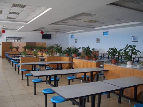学校食堂承包专业加盟-博帆餐饮管理供应可靠的校园食堂承包