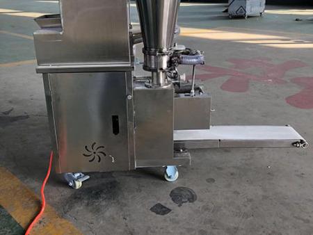 河北金豪棋牌安卓版机械厂家供应的全自动饺子机好用吗?