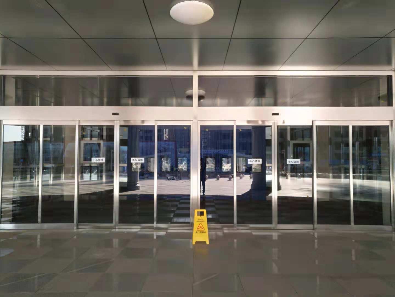 宁夏质量好的旋转门供应-商洛三翼不锈钢旋转门