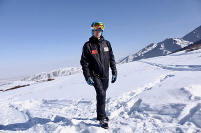 吉佑吉服饰科技专业供应滑雪服_山东滑雪服费用