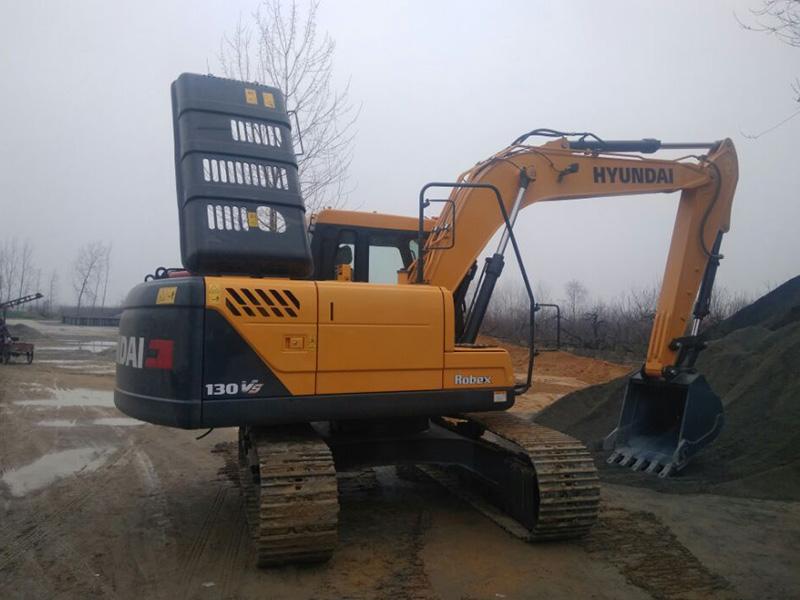 厂家直供现代R130VS挖掘机-高品质的现代R130VS 挖掘机哪里有卖