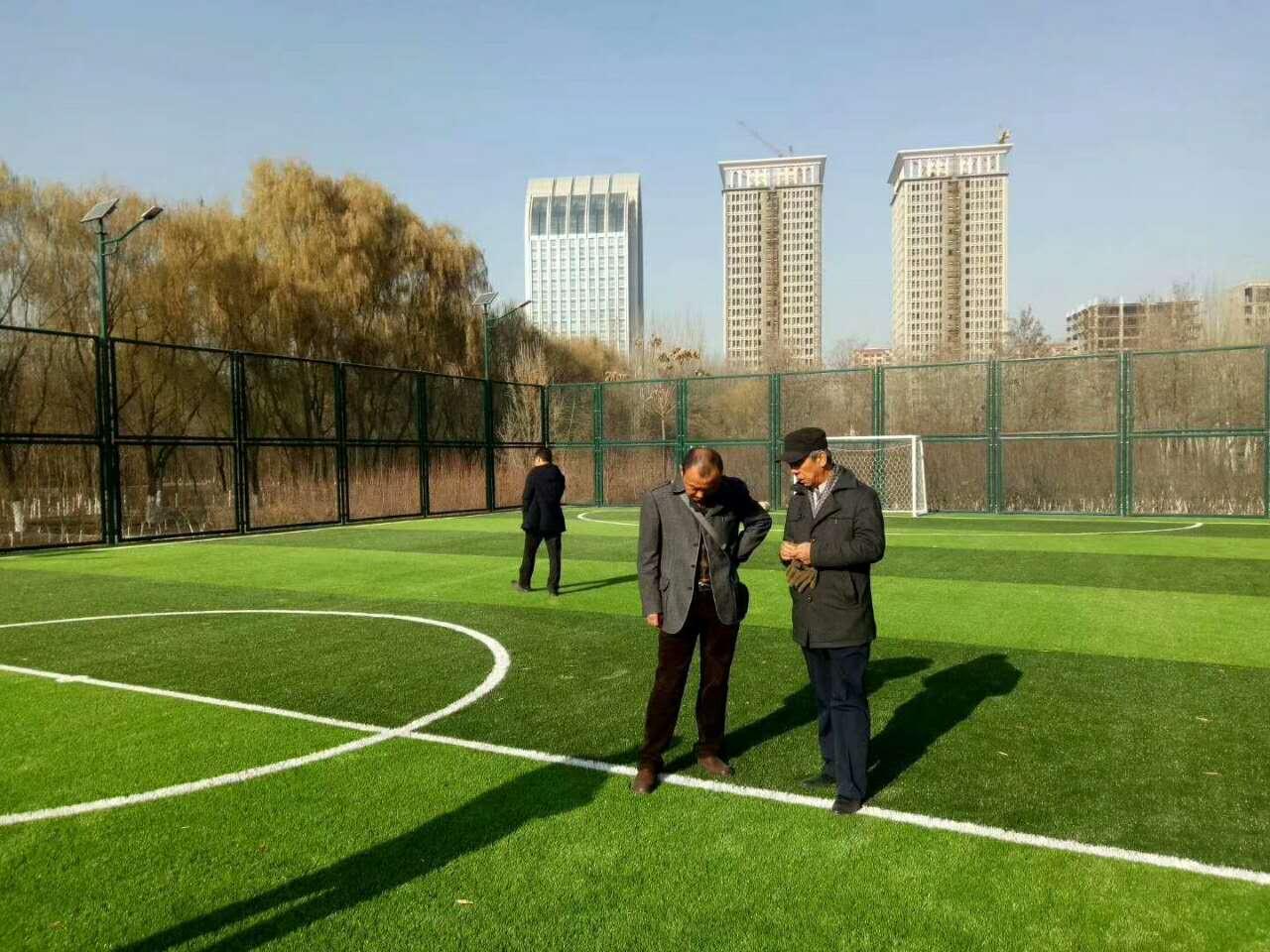 新疆人造草坪厂家-想要优良的宁夏人造草坪就来万达建业体育设施