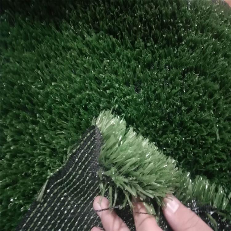 仿真草坪直销北京 市政绿化草坪网 外围围挡人工草坪