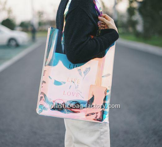 东莞品质幻彩PVC手提袋供应,幻彩PVC手提袋厂家供应