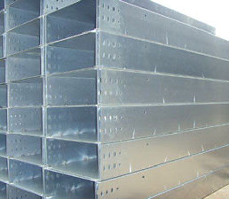 山东槽式电缆桥架公司_盛红桥架厂质量良好的槽式电缆桥架出售