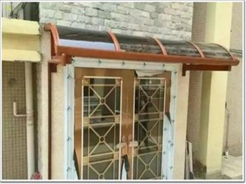 安康鋁合金停車棚什么牌子好-陜西哪里有供應耐用的鋁合金雨棚