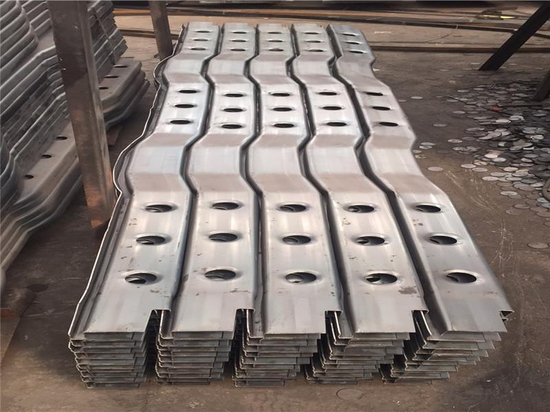 梁山通惠钢材W型通称提供商_冷弯型钢厂家