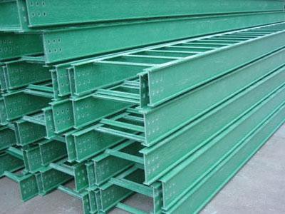 荣兴厂家定制玻璃钢梯式桥架、河北玻璃钢梯式桥架价格优惠