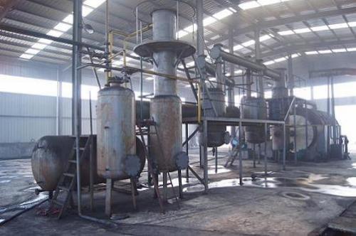 新乡废塑料炼油设备报价-河南可靠的废塑料炼油设备厂家