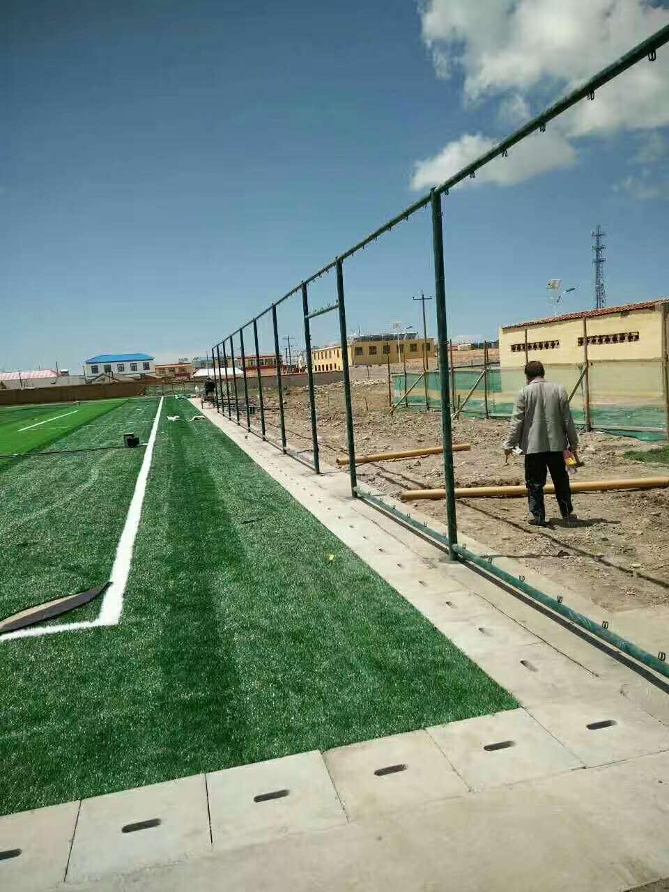 运动场围栏出产厂家_划算的运动场围栏那里有