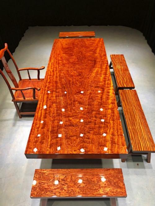 品质好的巴花实木大板供销-四川巴西花梨大板