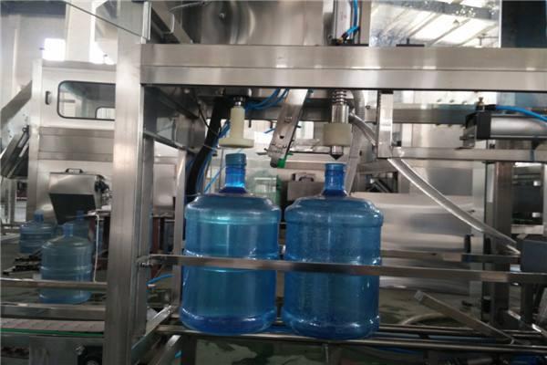 大桶水灌装机设备-口碑好的当选星美包装机械 大桶水灌装机设备
