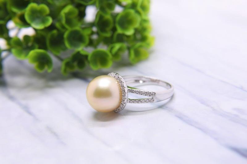 海水珍珠吊坠|肇庆市销量好的南洋珍珠首饰批发