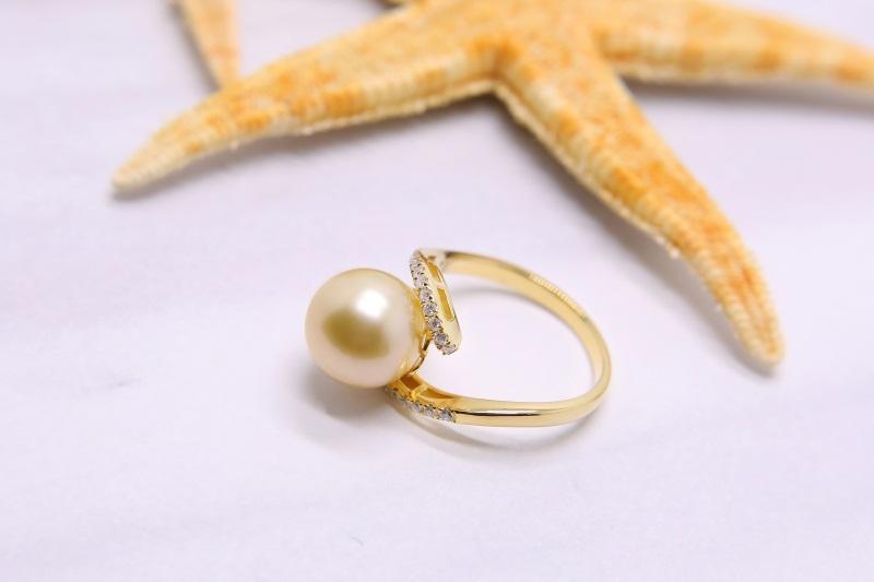海水珍珠吊坠|想要设计新颖的南洋珍珠首饰请锁定金麒福珠宝