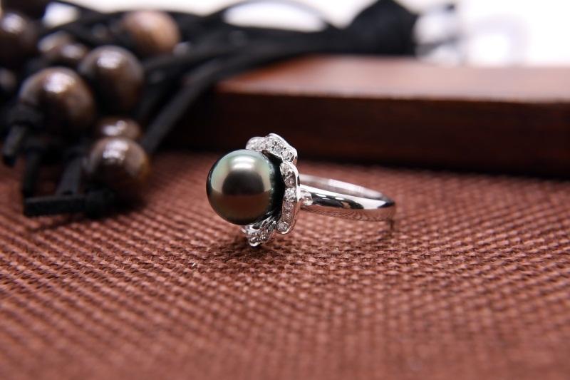 手工珍珠项链加工_别致的孔雀绿珍珠首要选择金麒福珠宝
