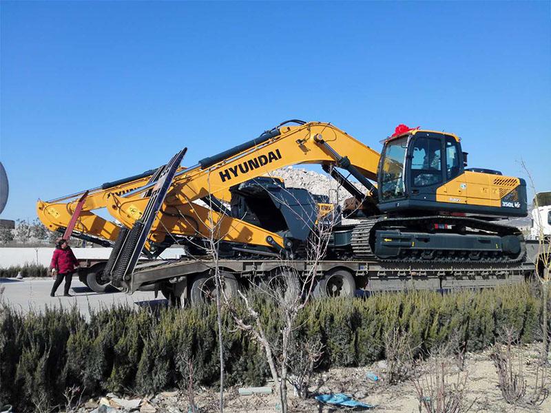 江苏天恒伟业高性价现代R350LVS挖掘机出售