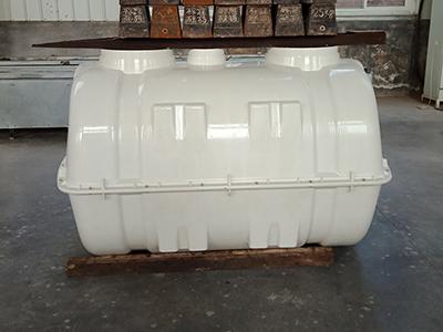 宁夏玻璃钢模压2立方化粪池供货厂家-衡水超好用的玻璃钢模压加厚化粪池出售
