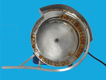 天津直线振动盘价格-河北三一振动盘厂专业生产
