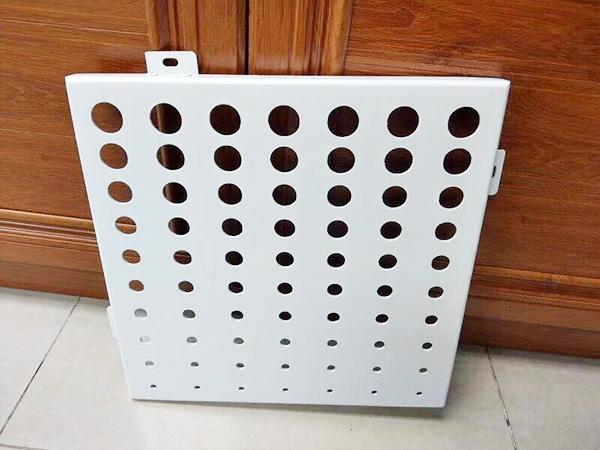 青海木紋鋁單板-性價比高的甘肅鋁單板火熱供應中