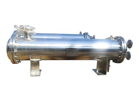 专业供应辽宁列管冷凝器就来辽阳振兴真空设备厂