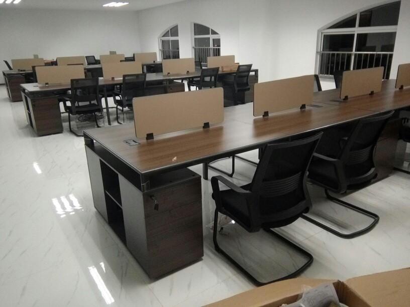 西安二手家具-二手车市场分析西安二手办公家具