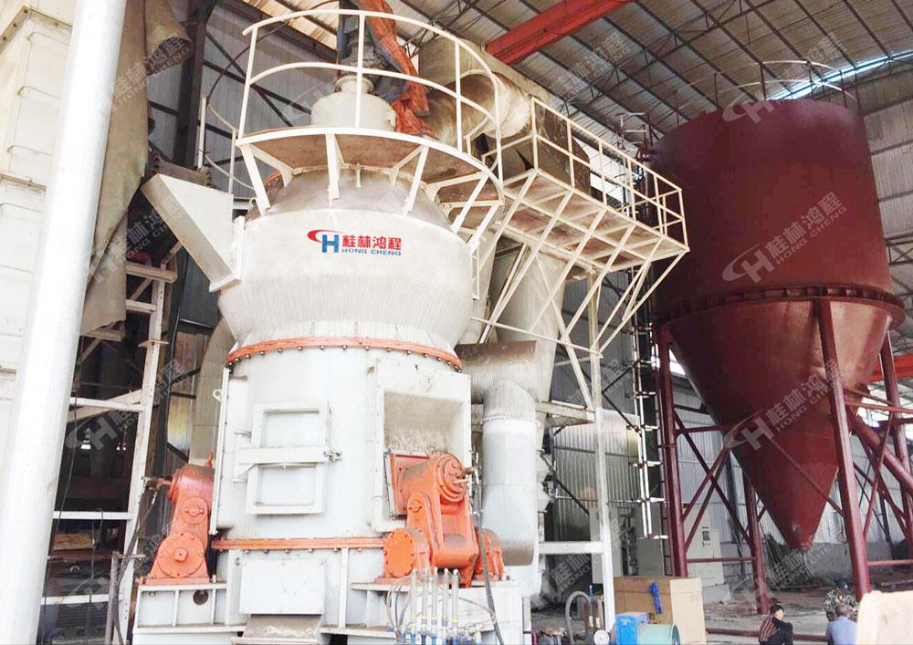 湖南礦石粉碎機HLM1100大型立式磨粉機永州立磨