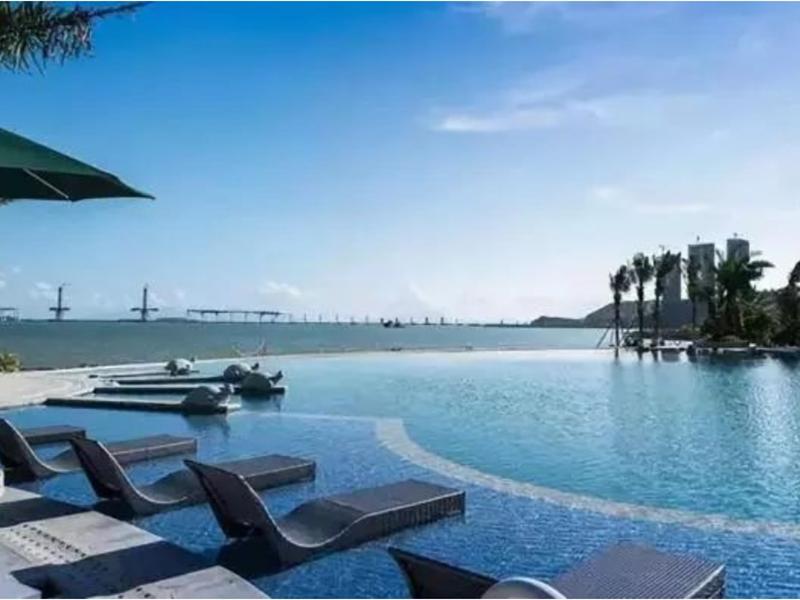 室外游泳池造价_室外游泳池多少钱一台