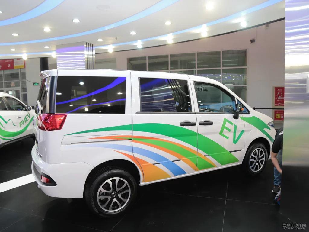 新能源帅客面包车 新能源物流车 深圳牌不限行, 低首付,油耗