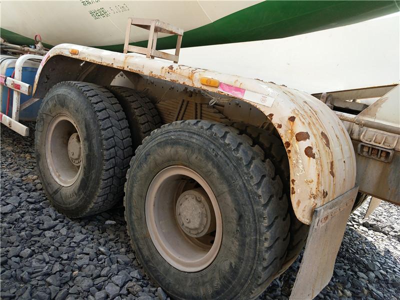 二手豪沃混凝土攪拌車|梁山嘉業貨運,知名的二手豪沃攪拌車供應商